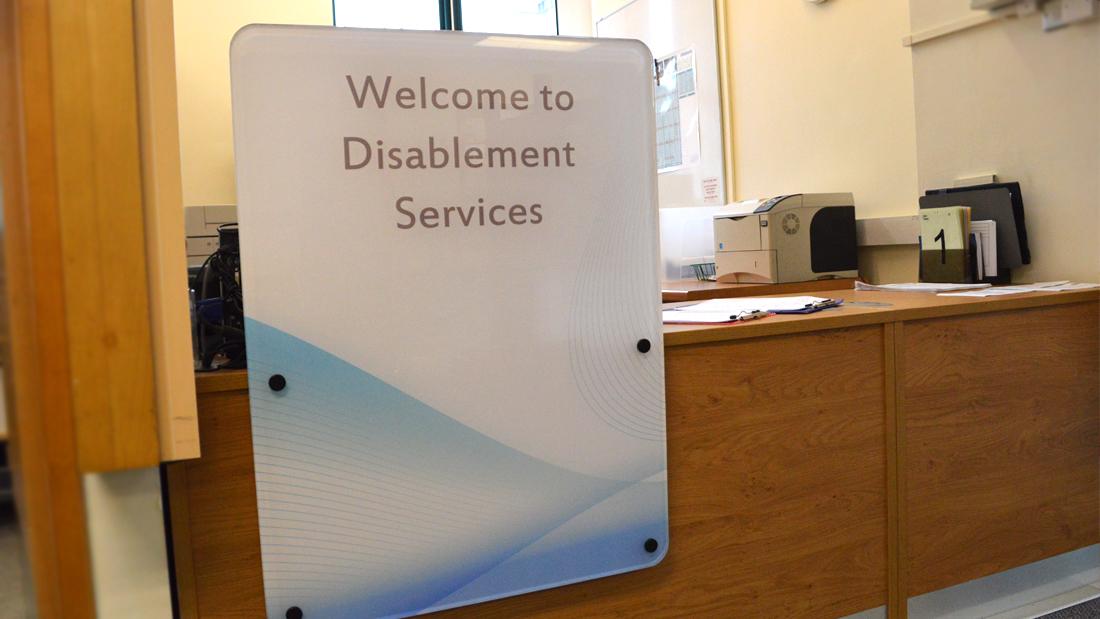 Reception desk design - Welcome Screen