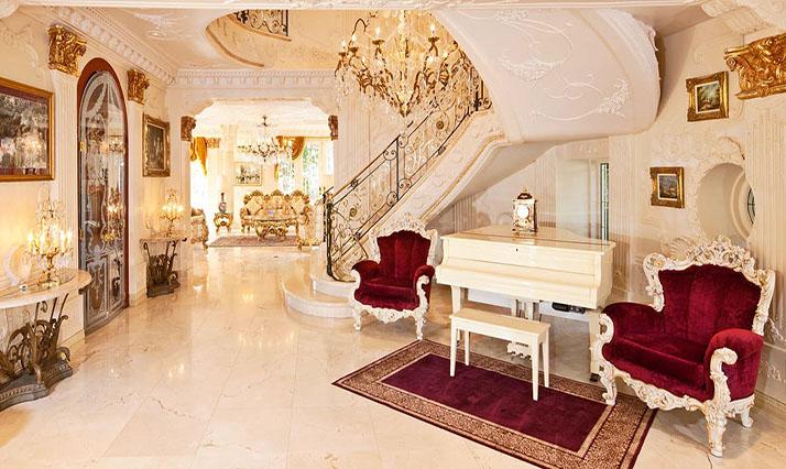 Extravagant Interior